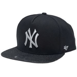 47 Brand New York Yankees MLB Snapback