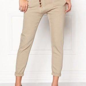 77thFLEA Deanne girlfriend jeans Oystergrey