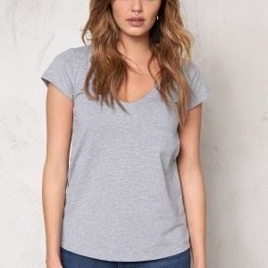 77thFLEA Lola tee Light grey