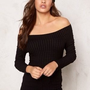 77thFLEA Rib offshoulder top Black