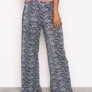 Aéryne Shaw Trousers Housut Grey