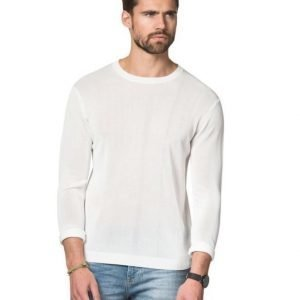 A.O CMS Knitted Swater White