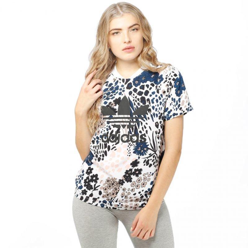Adidas AOP -t-paita