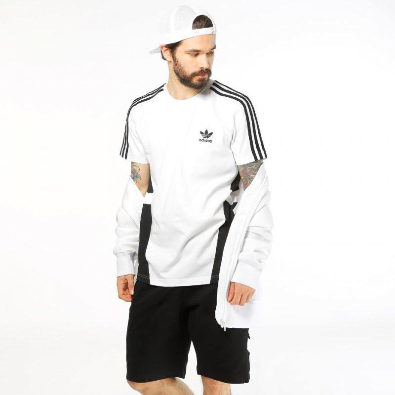 Adidas Black Printed -t-paita