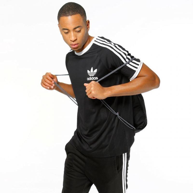 Adidas California -t-paita