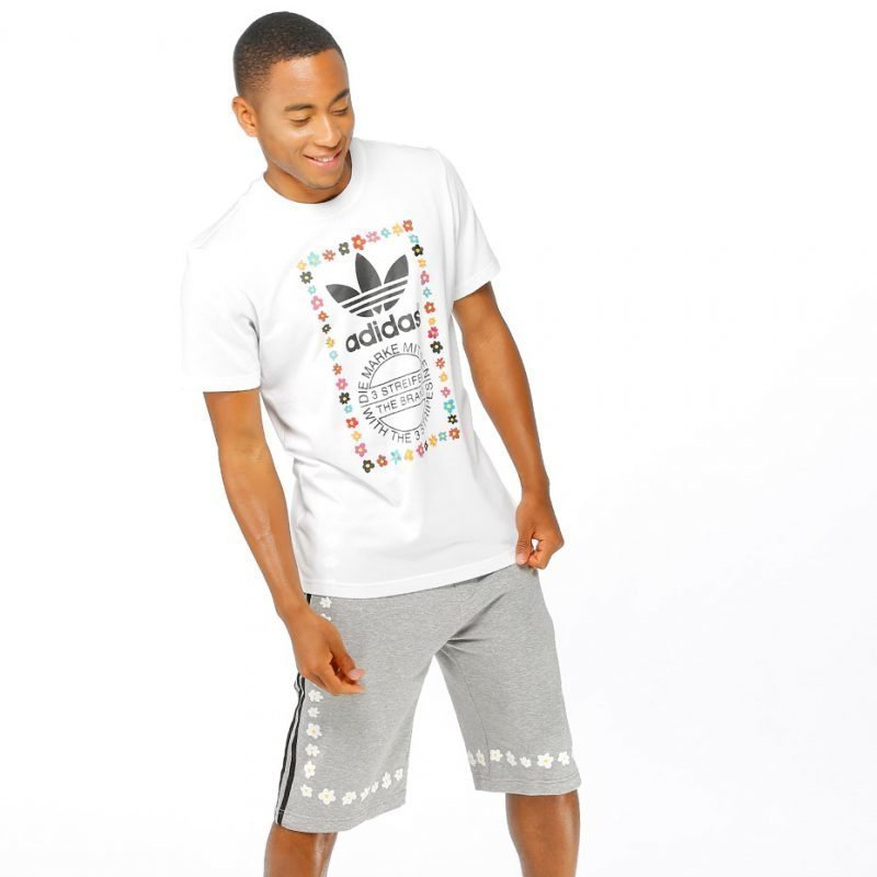 Adidas Graphic 2 Pharrell Williams -t-paita