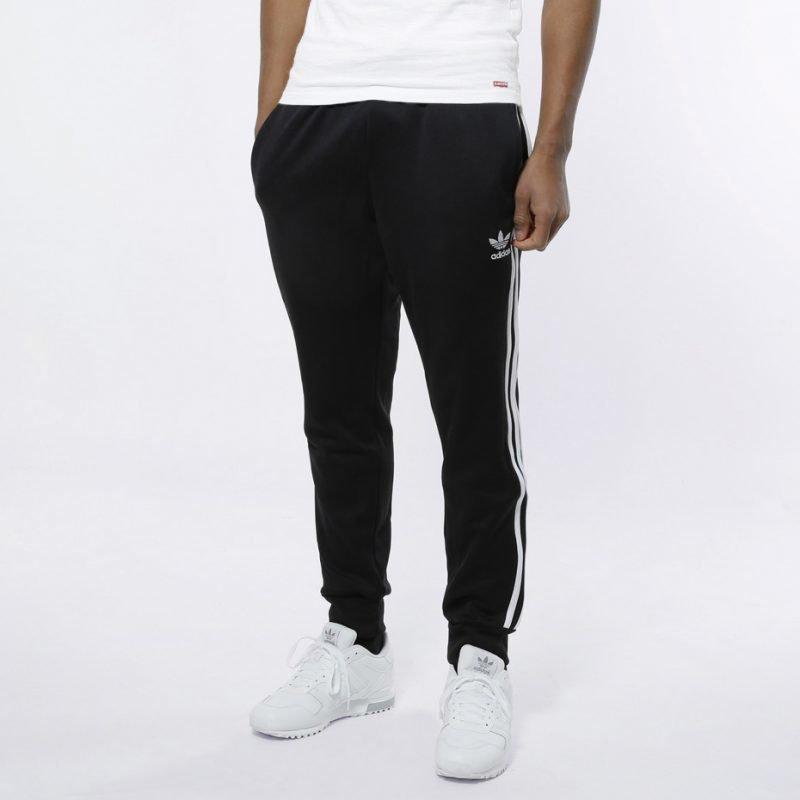 Adidas SST Cuffed TP -housut