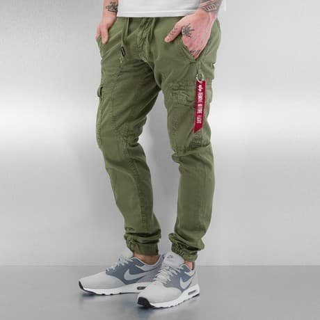 Alpha Industries Reisitaskuhousut Oliivi