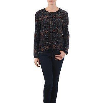 Antik Batik VEE paita