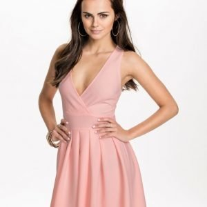Ax Paris Plunged Neck & Pleated Dress Cream