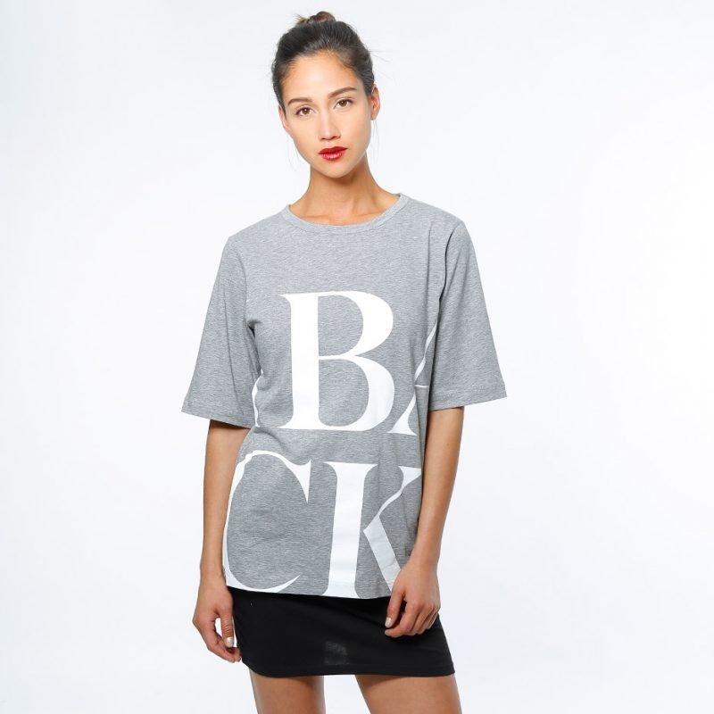 BACK Scrabble Logo -t-paita