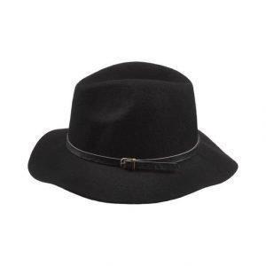 Becksöndergaard X Hancock Hattu