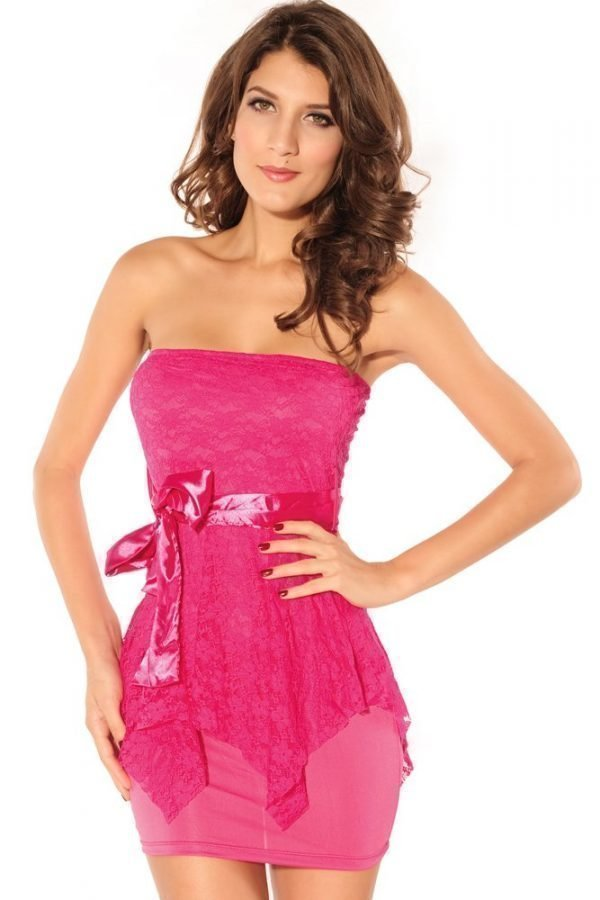 Belle pinkki pitsimekko - Vaatekauppa24.fi 3fdbb08b92