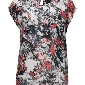 Black Lily Neema T-Shirt lyhythihainen pusero