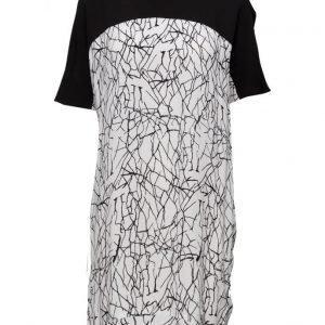 Black Lily Nome Dress lyhyt mekko