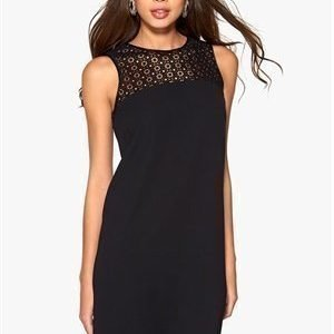 Boomerang Veda Lace Dress 099 Black