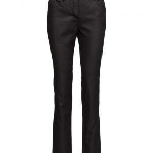 Brandtex Jeans leveälahkeiset farkut