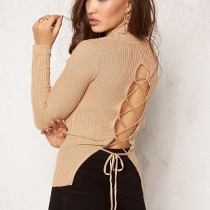 Bubbleroom Understated knitted rib polo Camel