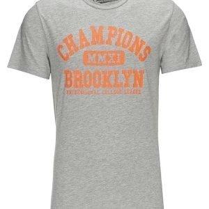 CHEAPLOADER Champions T-paita