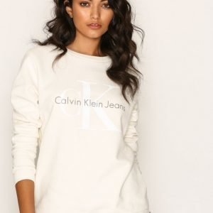 Calvin Klein Jeans Crew Neck Hwk True Icon Svetari Egret