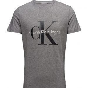 Calvin Klein Jeans Tee True Icon Cn Tee Ss lyhythihainen t-paita