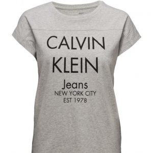 Calvin Klein Jeans Teri-20a Cn Lwk S/S