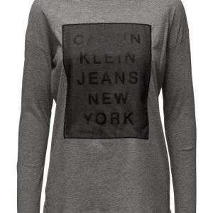 Calvin Klein Jeans Trix-3.2 Cn Straight Fit Tee Ls