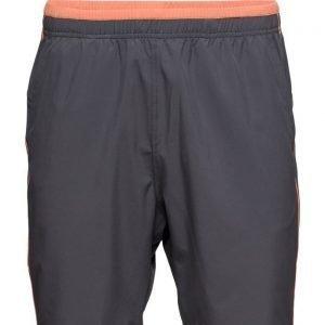 Casall M Linear Shorts treenishortsit