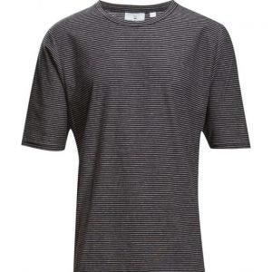 Cheap Monday Rocky Tee Stripe lyhythihainen t-paita