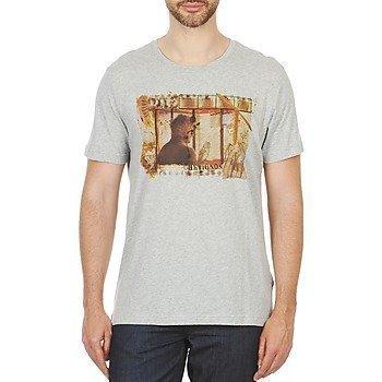 Chevignon T BEARD lyhythihainen t-paita