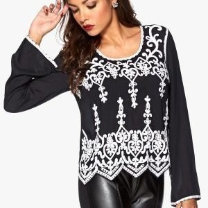 Chiara Forthi Hand Embroidered Blouse Black/White