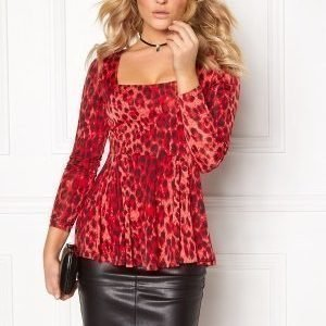 Chiara Forthi Leo Peplum Top Red/Black