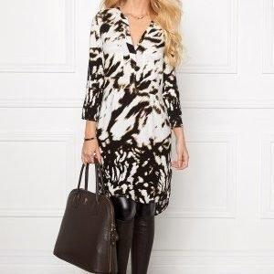 Chiara Forthi Oversized Shirt Dress Antique white / Black