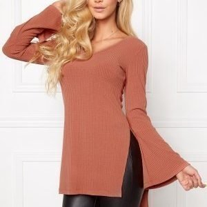 Chiara Forthi Side Split Sweater Soaked Raisins