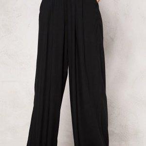 Chiara Forthi Ultra Soft Wide Pants Black