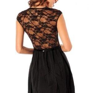 Chloe musta mekko