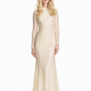 Club L LS Open Back Lace Maxi Dress Svart