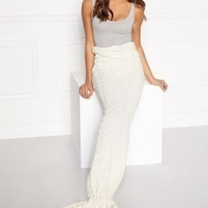 Club L Mermaid Blanket Cream with gold