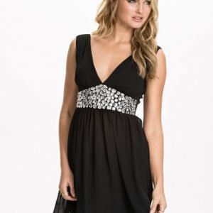 Club L Sleeveless Emb Chiffon Dress Svart