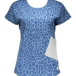 Colour Wear Holk Top T-paita