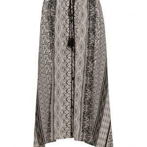 Cream Bellflower Skirt mekko