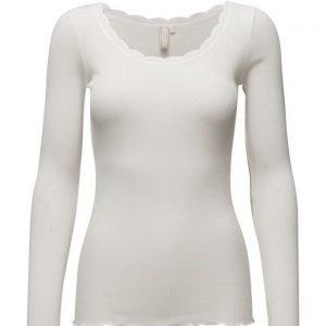 Cream Silky Ls T-Shirt
