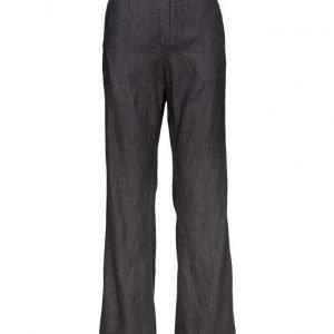 Custommade Beathe leveälahkeiset housut