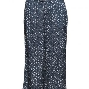 Custommade Nelia leveälahkeiset housut