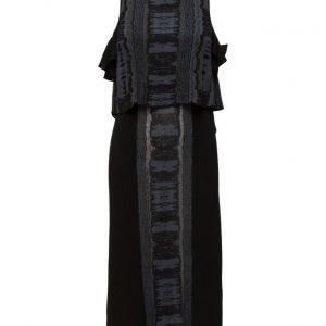 Dagmar Leonora mekko
