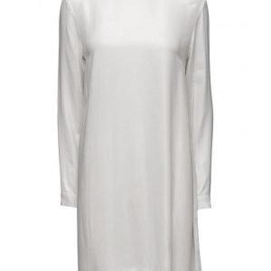 Dagmar Maurine lyhyt mekko