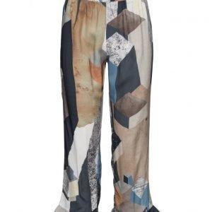 Dagmar Vega leveälahkeiset housut