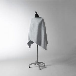 Design House Stockholm Pleece Poncho New Vaaleanharmaa