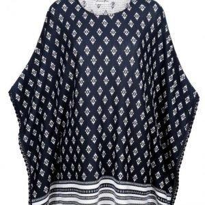Dress In Poncho Fuksia / Valkoinen