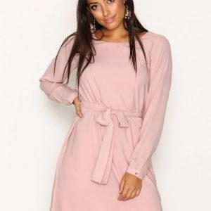 Dry Lake Magic Belt Dress Loose Fit Mekko Light Pink